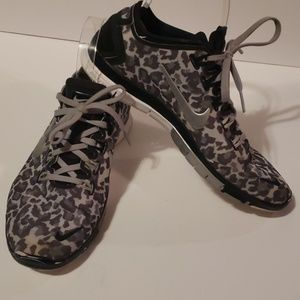 NIKE Free 5.0 TR Connect 2 animal print shoes
